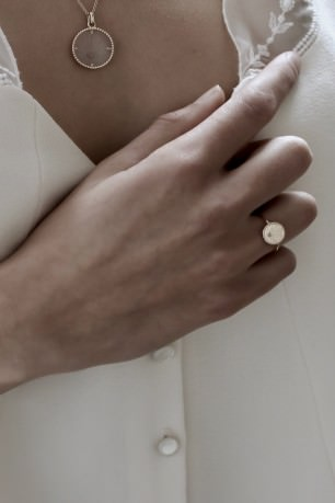 Coeur Sacré Ring in Yellow Gold