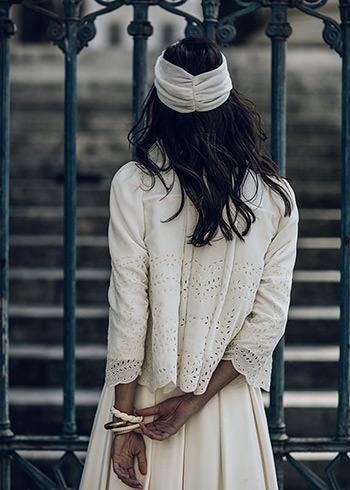 Veste Armeno portée sur la robe Proust & turban Rocha